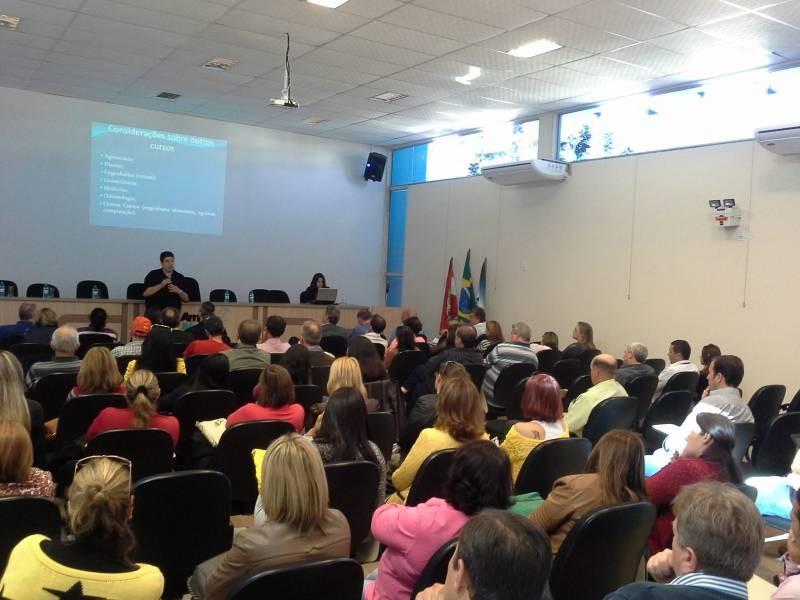 Mafra sedia Seminário sobre a Universidade Federal da Fronteira Sul