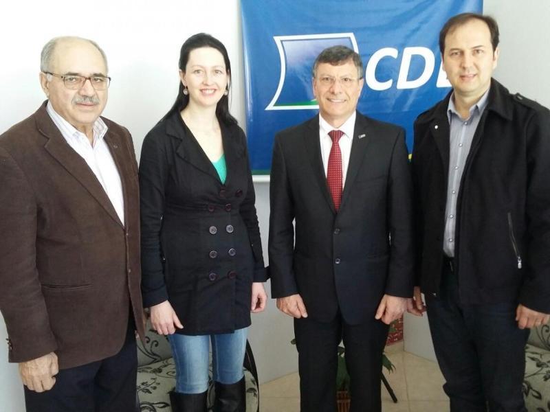 Presidente da FCDL/SC visita a CDL de Itaiópolis
